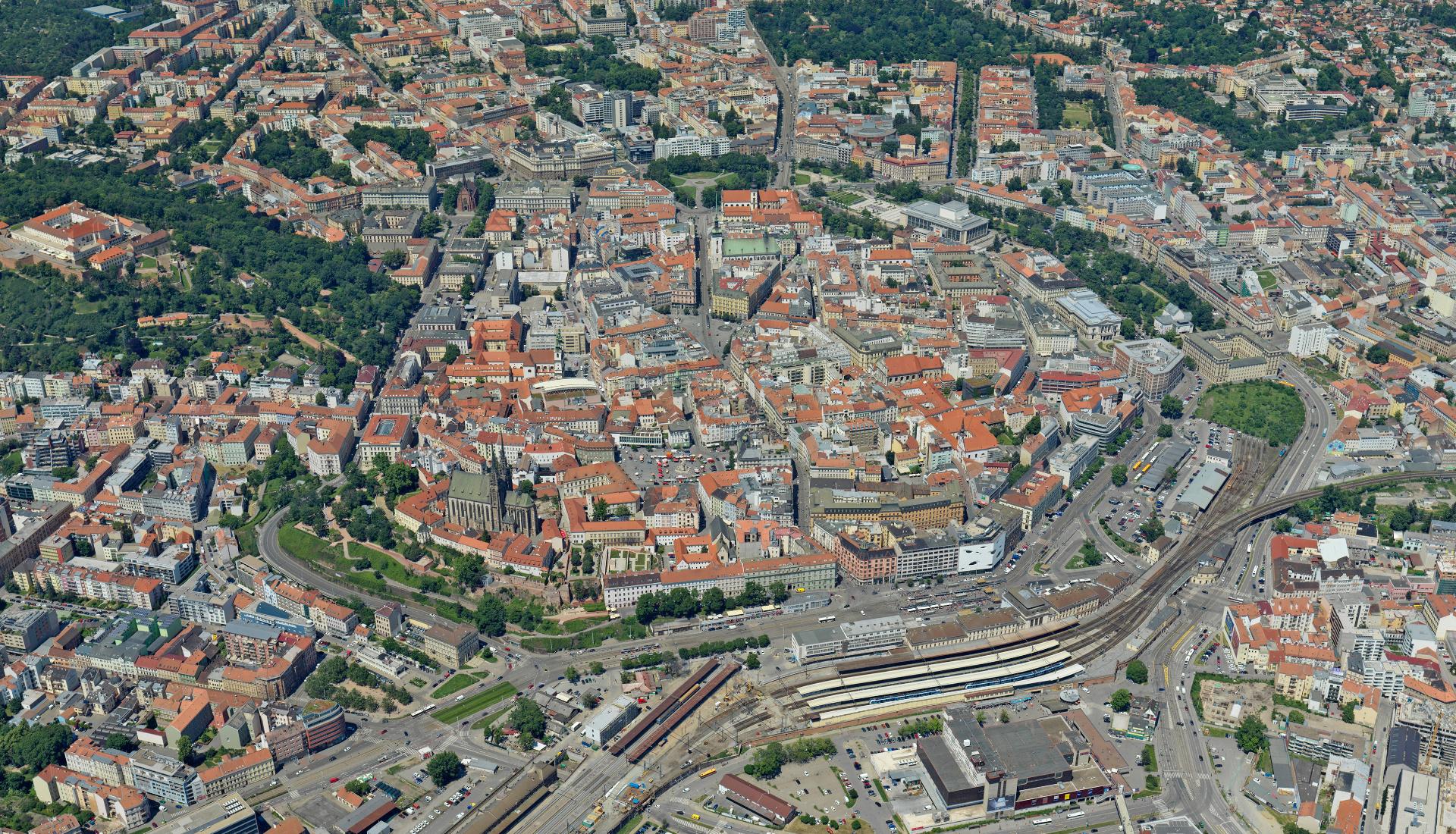 Brno střed - Letecká velkoplošná fotografie