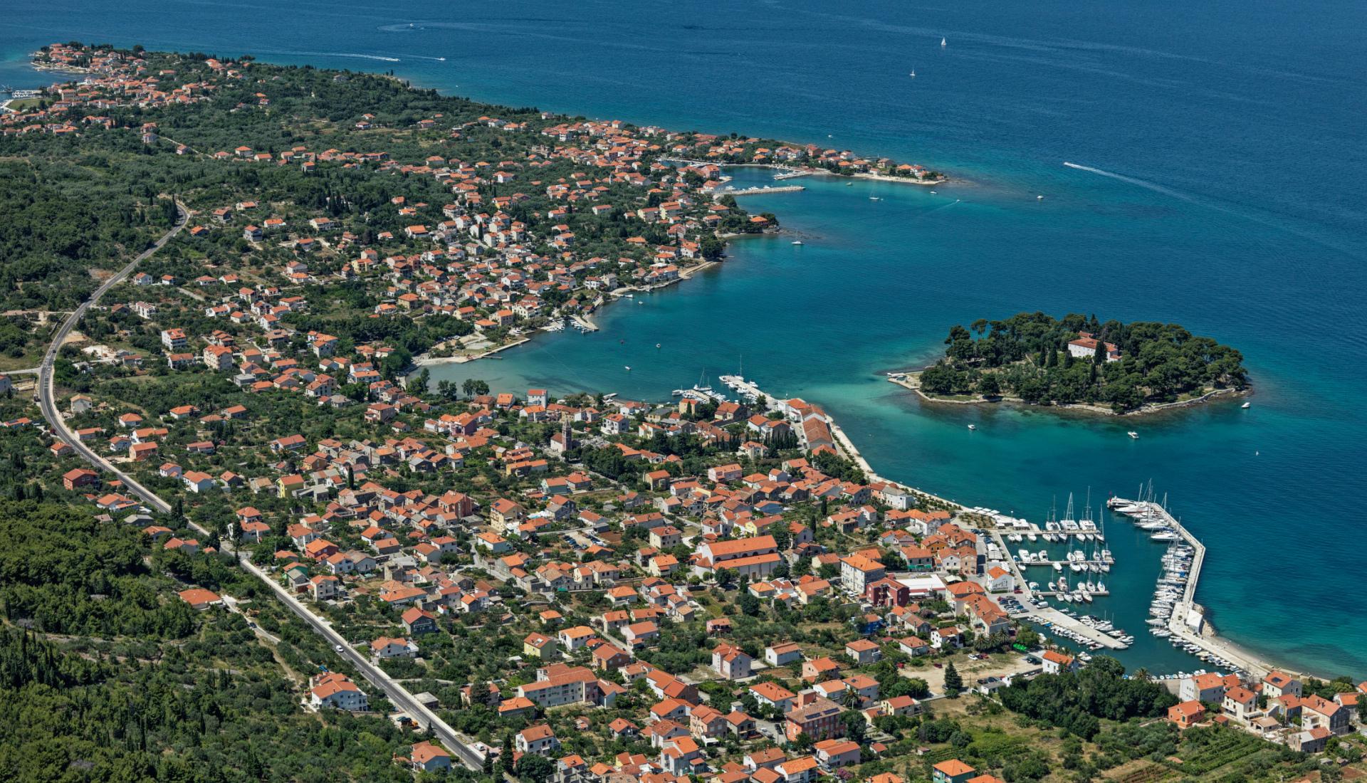 Chorvatsko-město Preko - Letova fotografie - Miroslav Kamrla - 2- 1920x1110_5.jpg