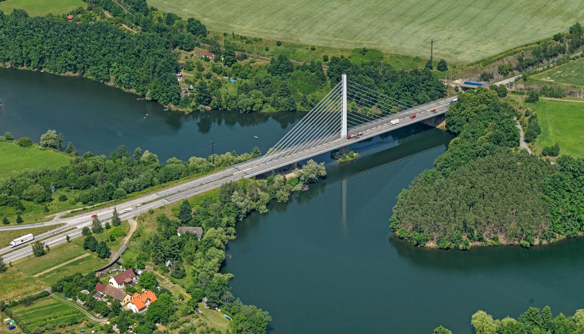 Lanový vysutý most Tábor - Letova fotografie - Miroslav Kamrla - 2- 1920x1110_4