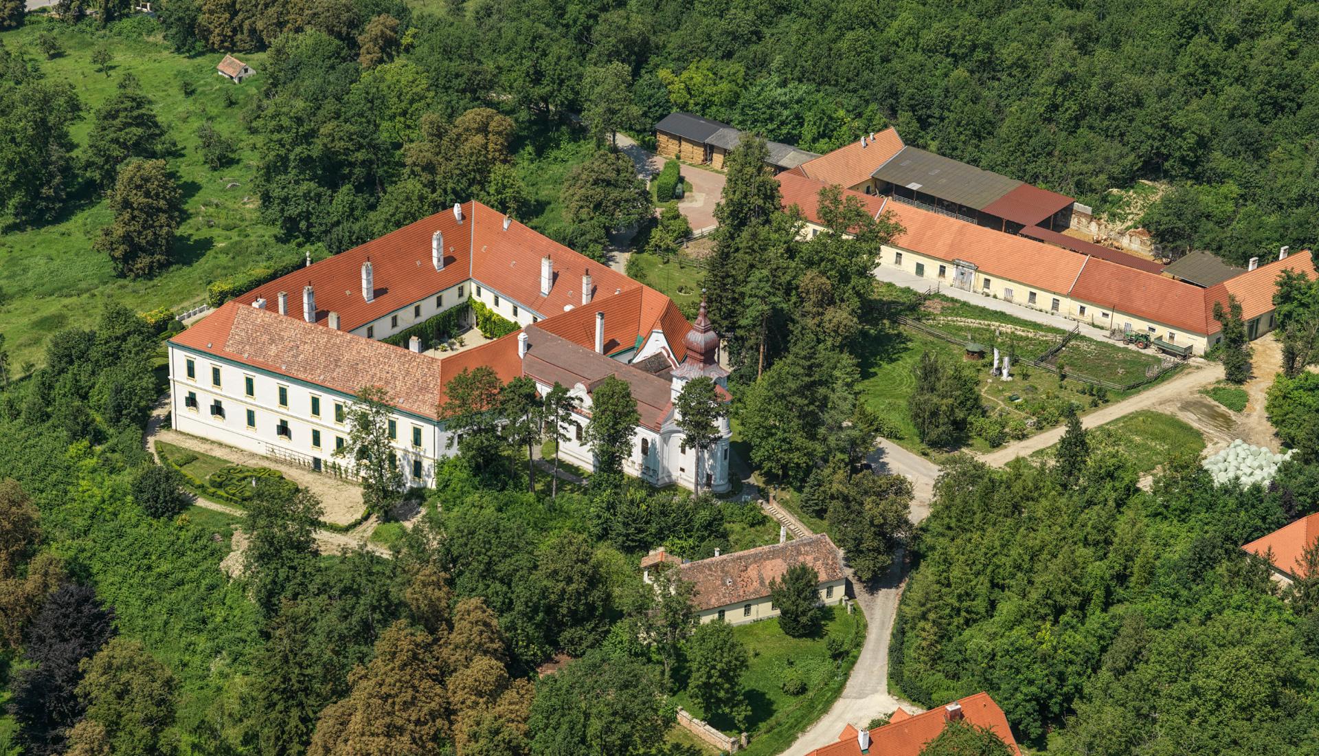 Zámek Loosdorf-Rakousko - Letova fotografie - Miroslav Kamrla - 2- 1920x1110_5